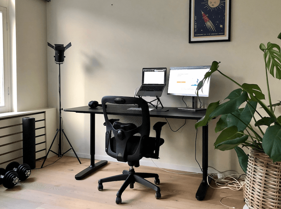 Bureaustoel voor thuis, in woonkamer.